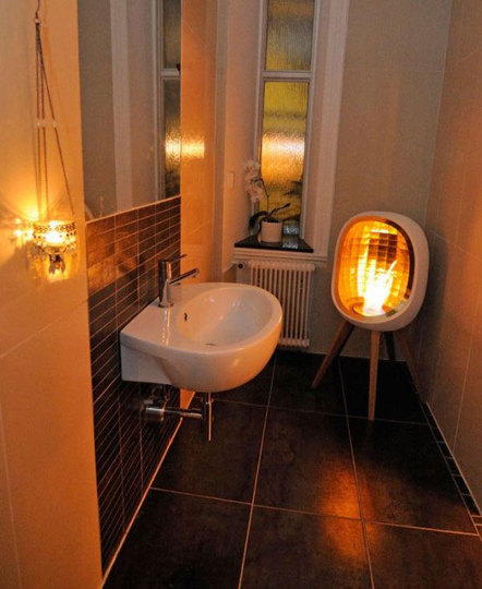 An example of a very inexpensive bathroom heating solution portablefireplace - Very small space heater decor ...
